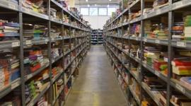 Podczas kwarantanny Polacy kupują więcej książek LIFESTYLE, Książka - Analiza decyzji zakupowych konsumentów w trakcie pandemii pozwala sprawdzić, w jaki sposób spędzamy czas zamknięci w czterech ścianach.